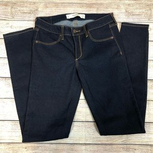 Abercrombie & Fitch Jeans - Abercrombie & Fitch Dark Wash Jegging Jeans 6L